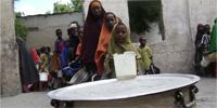 Pirates overshadow humanitarian crisis in Somalia