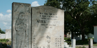 Generations meet in Jamaica's Chinese cemetery