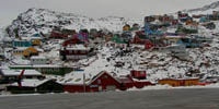 Warming Greenland moves towards independence