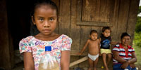Impoverished Hondurans caught up in battle of political wills