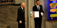 Presiding over age of war, Obama receives top peace prize