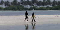 Creeping seas threaten tiny island chain of Maldives